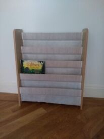 Child's front facing bookcase so book covers can be seen