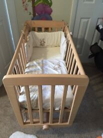 Mamas & papas crystal gliding crib
