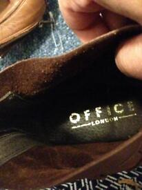 """Shoes size 6 """"39"""" branch office"""