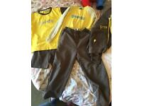 Brownies uniform aged 7-8years