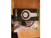 Razer Kraken Pro (White) E-Sports Gaming Headset with Mic