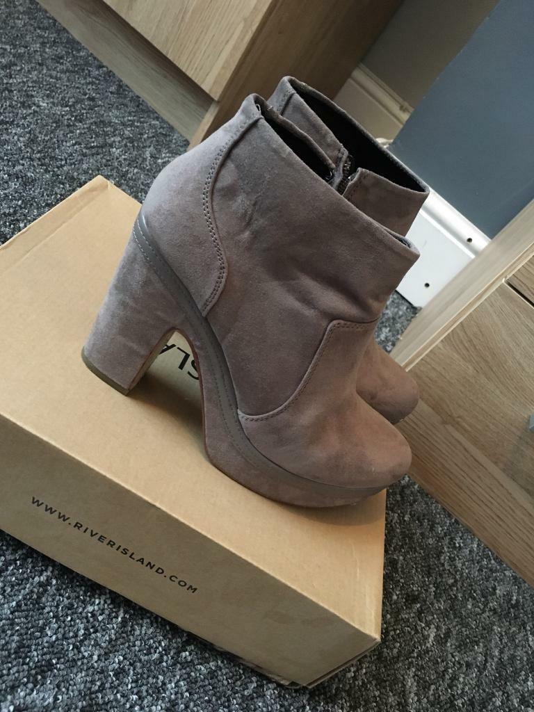 River island size 6 boots