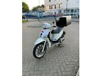 Piaggio Liberty 125cc like Honda pcx ps lead vision Gilera vespa