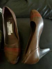 Ladies Clarks Shoes size 8