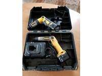 DEWALT SCREWDRIVER SET