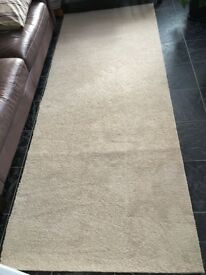 New leftover carpet 280x108, 250x70cm