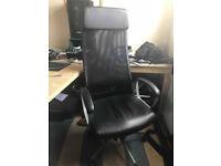 Office Swivel chair MARKUS ADJ BACK, AND SWIWEL. Office Desk LINNMON Beige 150X70cm