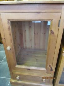 SOLID RUSTIC PINE STEREO CABINET IN VERY GOOD CONDITION EVERY INCH SOLID