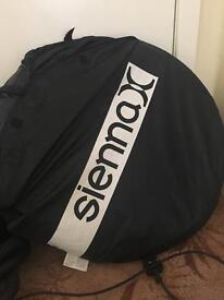 Sienna x Spray Tan Tent & Gun