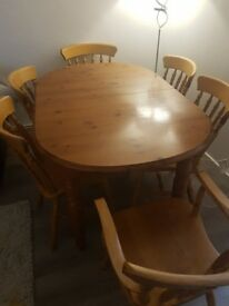 Beautiful Zpm Radamsko extendable Table with 6 Chairs