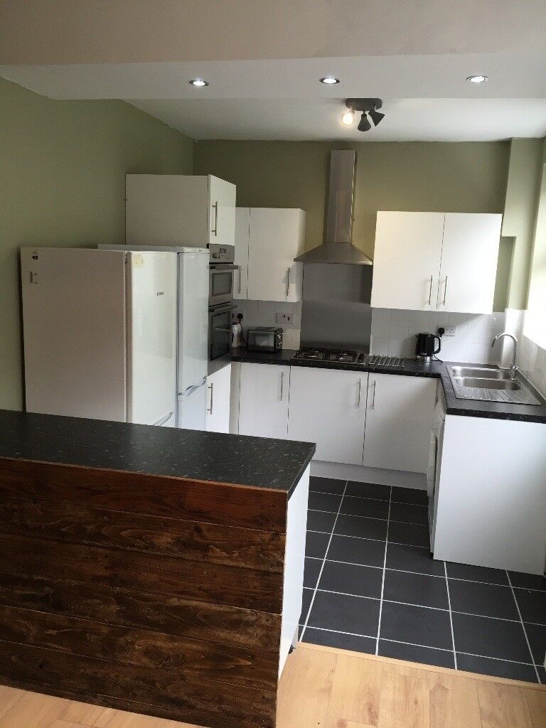 Double Room to Rent for STUDENTS (All Bills Included), Luton LU1