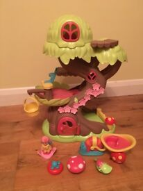 ELC Happyland Tree House in excellent condition