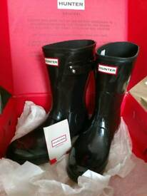 Hunter boots wellies size 8 with socks