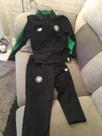 Celtic boys tracksuit 6-7 yrs