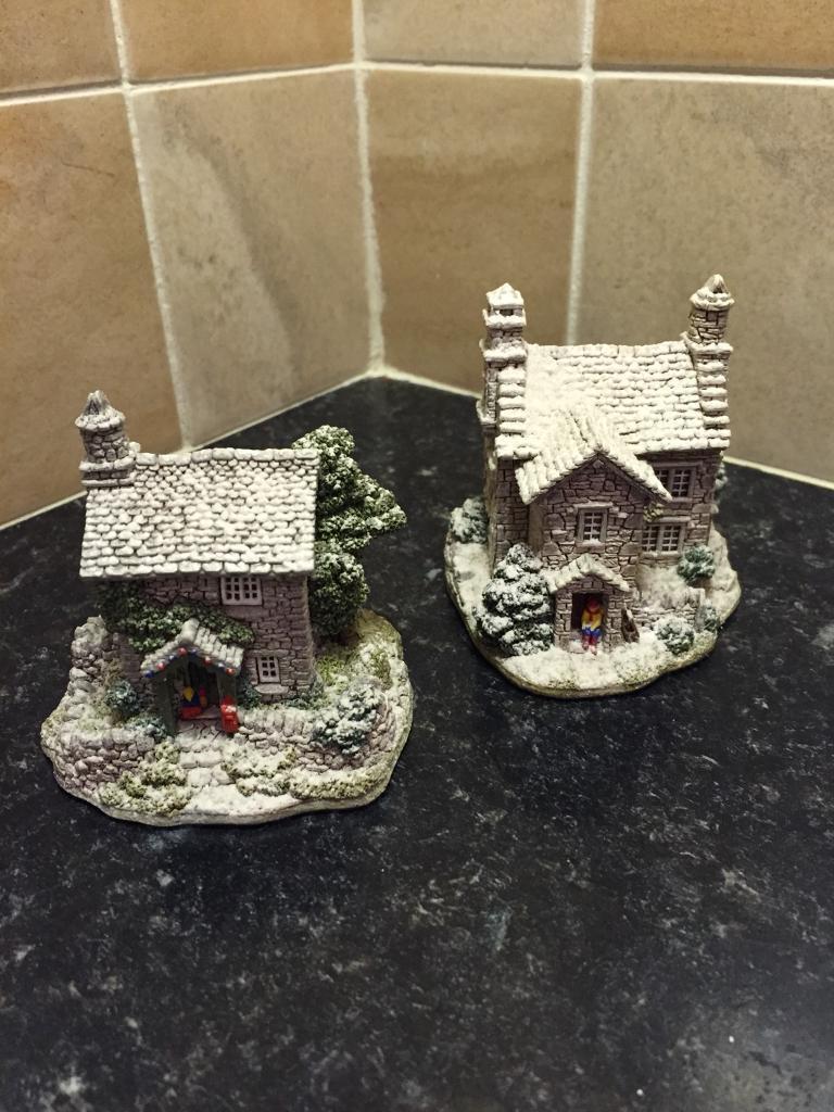 LILLIPUT LANE Cottages (x 2)