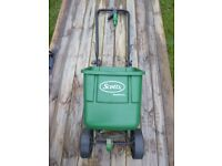 Scotts Lawn Feed Spreader