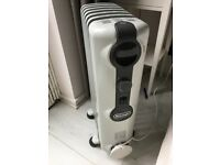 De'Longhi Radia 2kW Oil Filled Radiator AS NEW