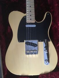 Fender American Vintage '52 Maple Tele in Butterscotch Blonde - as new !