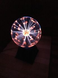 Plasma Ball Light Mains Powered and Touch Sensitive in good working order