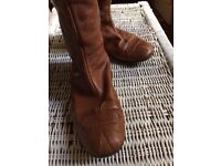 Designer Jane Mayle (USA) flat boots rare brown leather, vintage - very good condition