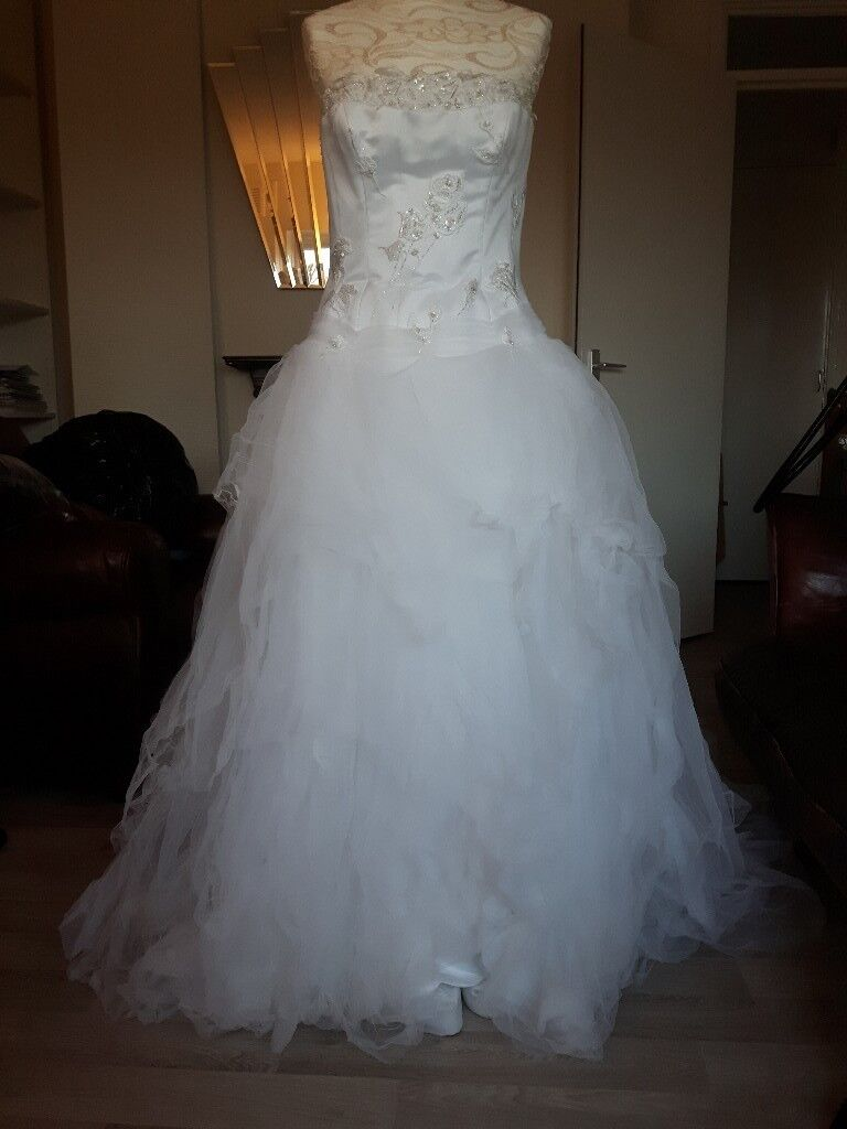 Maggie Sottero Wedding Dress Size 12 - Used for photoshoot, not for ...