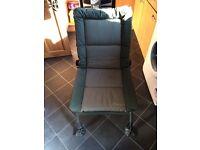 Nash Indulgence recliner chair