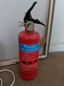 Mini single-use fire extinguisher (powder)