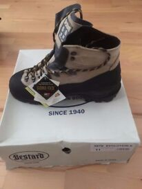 High Mountaineering Boots, Bestard Evolution K Brand New, UK 10