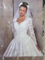 BEAUTIFUL WEDDING DRESS - GREAT CONDITION - $ 300 FIRM