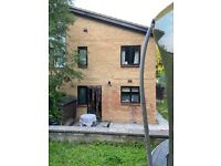 3 bedroom house in Bristol want swap for a 2 bedroom Newport wales