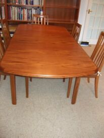 Extendable G Plan dining table in superb condition