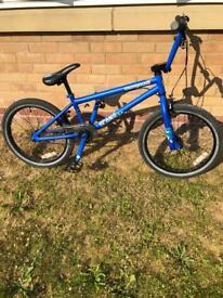 """Mongoose Scan R50 BMX Bike - 20"""" Frame"""
