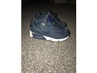 Nike boys trainers sz 11