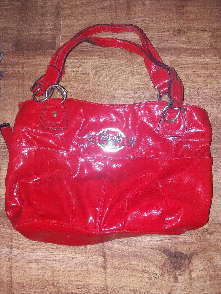Red Gionni bag. Great condition