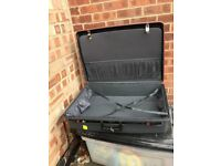 VINTAGE GRAY DELSEY CLUB HARD SHELL SUITCASE,KEY LOCKS ,TIE DOWN STRAPS,CLEAN