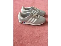 L A trainers for sale worn once size 6