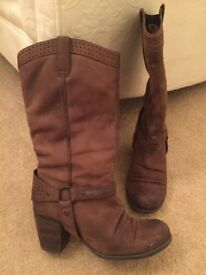 Ladies Brown mid calf Boots Size 5