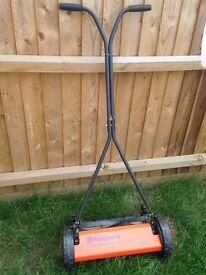 Husqvarna Novocut 64 with grass collector
