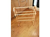 WOODEN FREE STANDING TOWEL RAIL