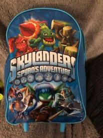 Skylanders bag ( full of skylanders)