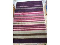Rug 100% Wool. Very Good condition. 150cmx225cm