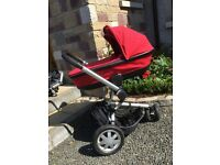 Quinny Buzz Travel system in good condition with carrycot and upright buggy part