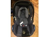 Baby car seat - maxi cosi cabriofix from birth. Isofix. Nomad blue. Rarely used.