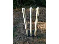 Spring loaded cricket stumps.