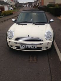 Mini one convertible white 1.6 petrol