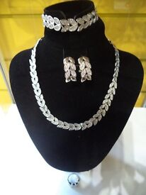 New Silver Jewellery Set for sale