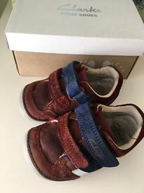 Clarks first shoes 3.5 F