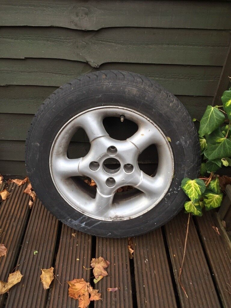 Peugeot 206 wheel and alloy