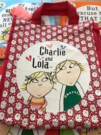 Charlie & Lola x 4 books & bag vgc