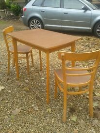 vintage table 2 chairs